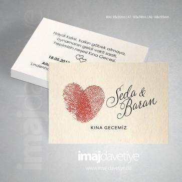 Kalp motifli iki kırmızı parmak izli kına kartı davetiyesi - değişik boyutlarda  27