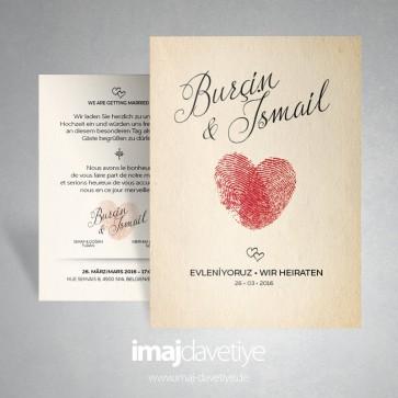Kalp motifli iki kırmızı parmak izli düğün davetiyesi -169