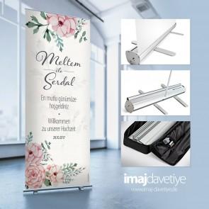Karşılama ve hoşgeldiniz panosu • Çantalı Roll-up sistemi • Pembe suluboya tarzı çiçekli 18